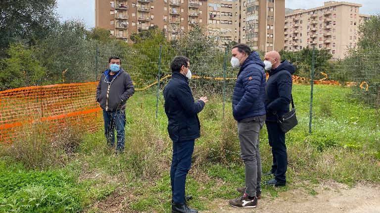 Quartiere Marinella, sopralluogo area da destinare a verde attrezzato
